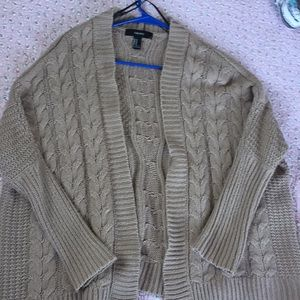 Cute open knit over size cardigan